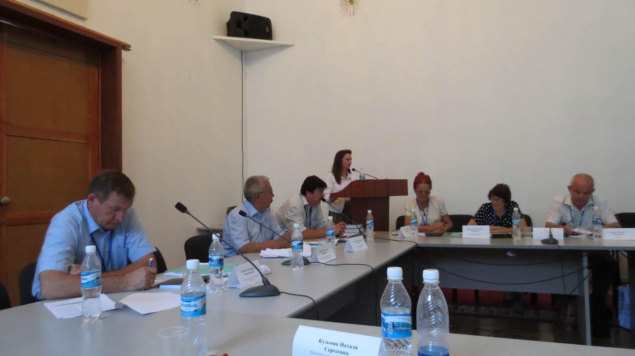Справа: Наталья Петровна Ган и ее супруг Николай Николаевич на конференции в Бишкеке 5 сентября 2016 г. Одна из последних фотографий